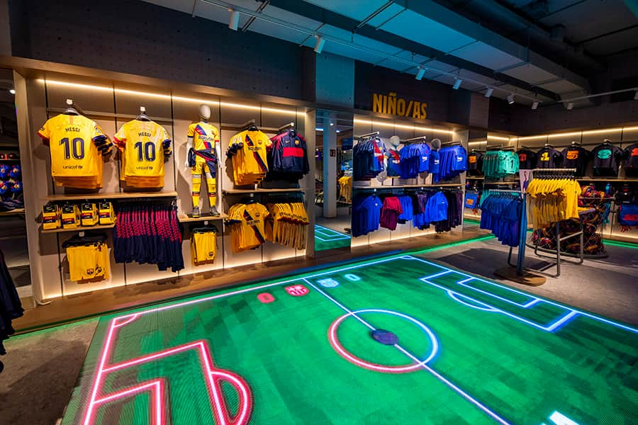 new-trends-in-the-sports-retail -barça store 1