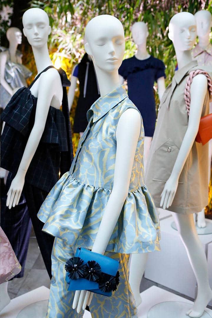hiring mannequin service
