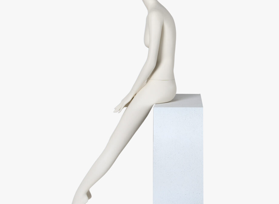 Grace female mannequin 14